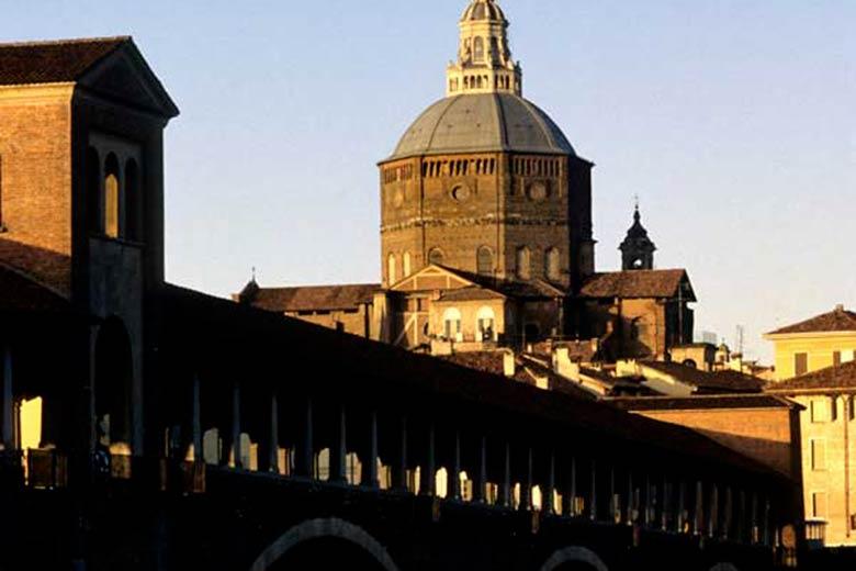 Pavia - the Ponte Coperto (
