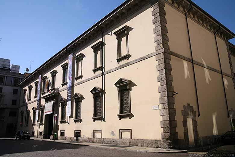 The facade of Pinacoteca Ambrosiana