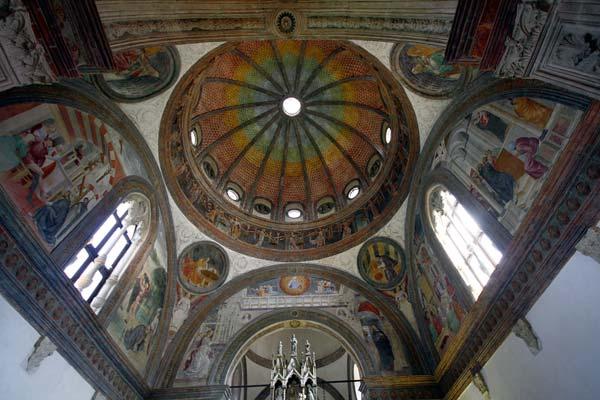 Basilica of sant 39 eustorgio portinari chapel and museum for Piazza sant eustorgio