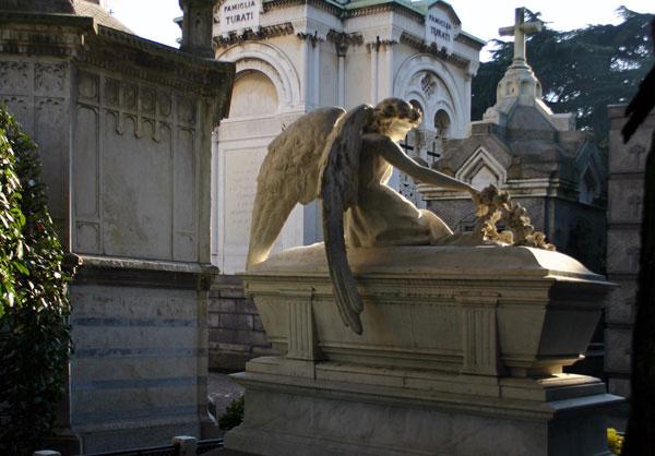 Monumental_cemetery_Tomb