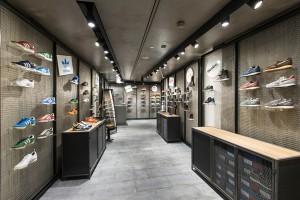 Sneakers zone at la Rinascente