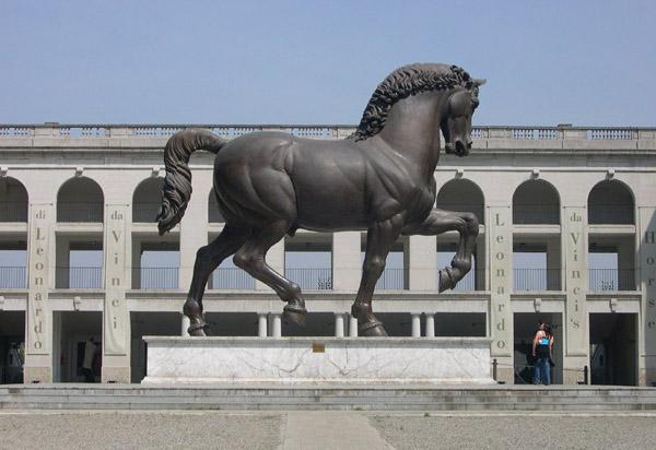 Leonardo da Vinci equestrian-sculpture