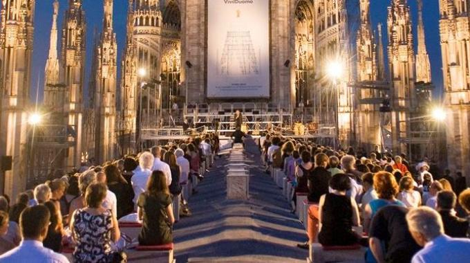 DUOMovie, films on the terraces of Duomo | Where Milan - What to ...
