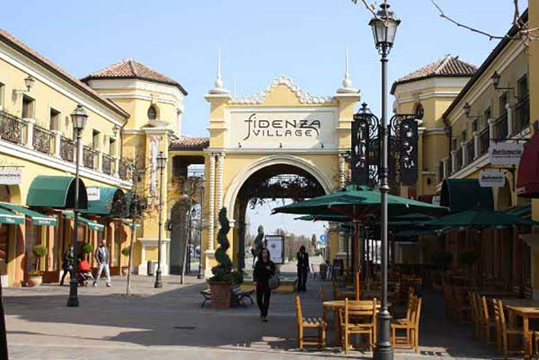 Let\'s do some outdoor shopping at the outlets! | Where Milan