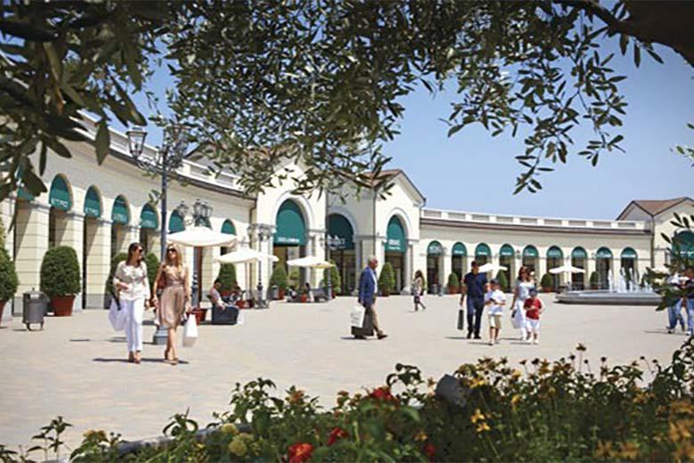 Serravalle designer outlet welcomes 50 new boutiques in for Serravalle designer outlet milan