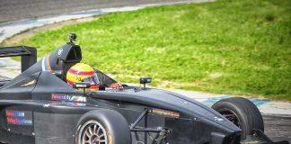 Driving a race car in Monza, photo credits divebudd@gmail.com