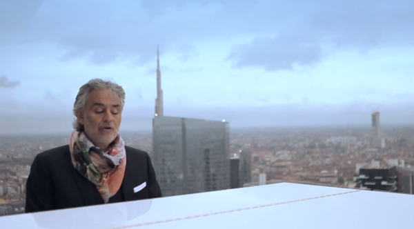 Andrea Bocelli plays skyscraper Milan for  Expo 2015