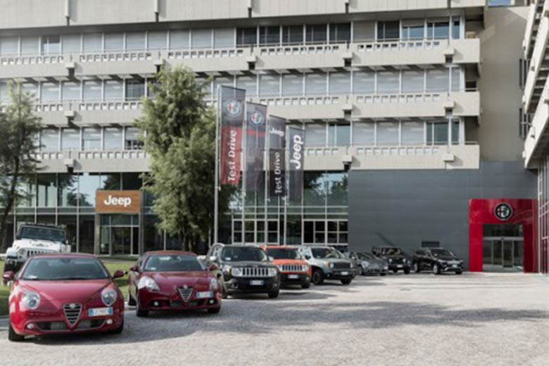 motor village arese the unique luxury flagship stores of alfa romeo and jeep 18km from milan. Black Bedroom Furniture Sets. Home Design Ideas