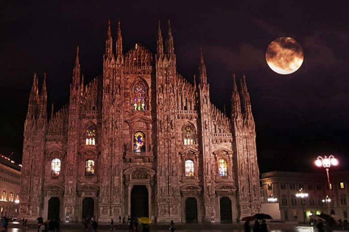 Scary Milan Cathedral, byFernando Garcia, editing by Spinter. The original pictureislicensed under the Creative Commons Attribution 2.0 Generic license