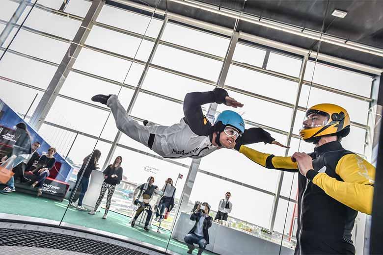 Indoor skydiving in Milan
