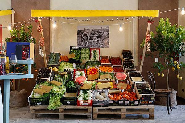 Food regional italian street food at sheraton milan for Milan food market