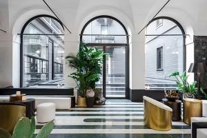 senato_milano_hotel_entrance
