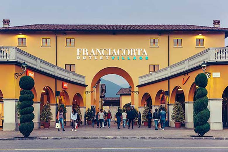 5892a94975 Wine Tours and Shopping at Franciacorta Outlet Village [87 km from Milan]