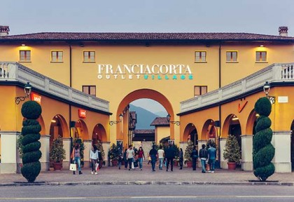 factory outlet in milano