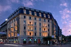 facade_hotel_galles