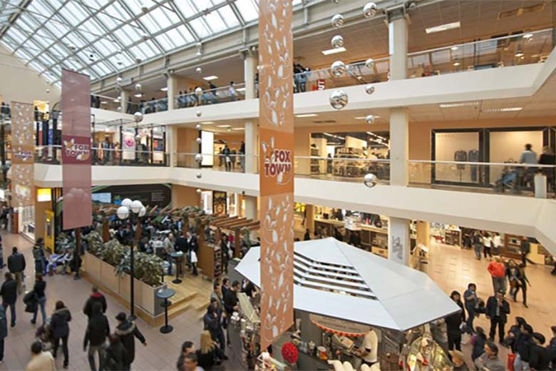 Foxtown factory stores mendrisio for Outlet near milan