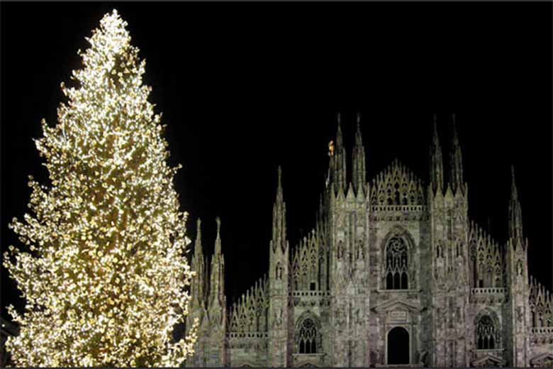Christmas in Milan, credits Angelo Amboldi under c.c. 2.0 licence
