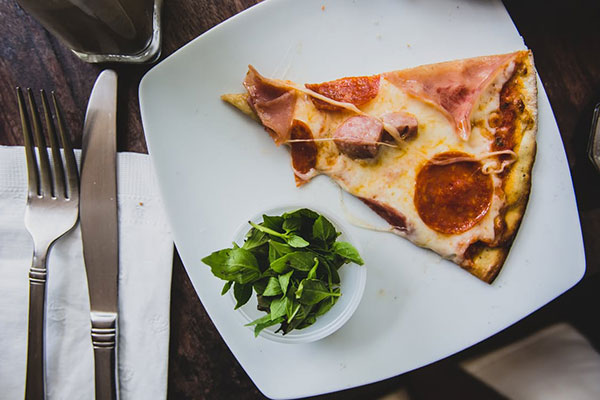Best places to eat pizza in milan where milan what to for What to eat in milan