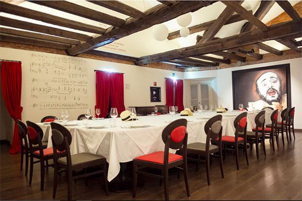 pavarotti_milano_restaurant_museum
