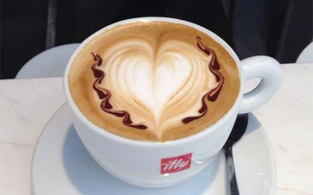 Illy at Il Centro