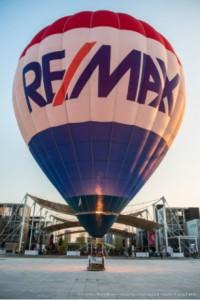 re_max_air_balloon