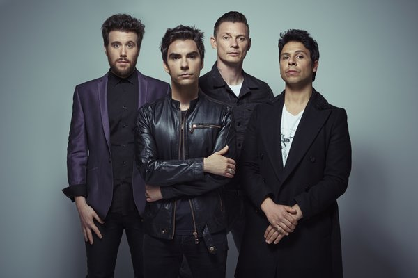 http://www.wheremilan.com/wp-content/uploads/2017/10/rsz_stereophonics_6-c-tom-oxley-2015-1.jpg