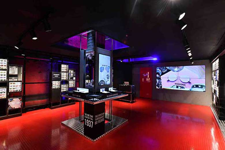 5080f5962dc1e Ray Ban Opens its Pop-Up Store in San Babila