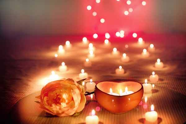 candles_valentine_day