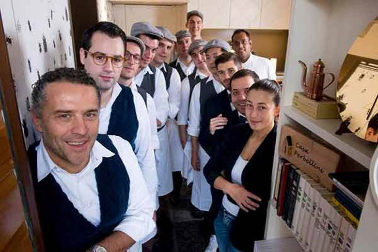 Photo of the team of the Locanda Perbellini
