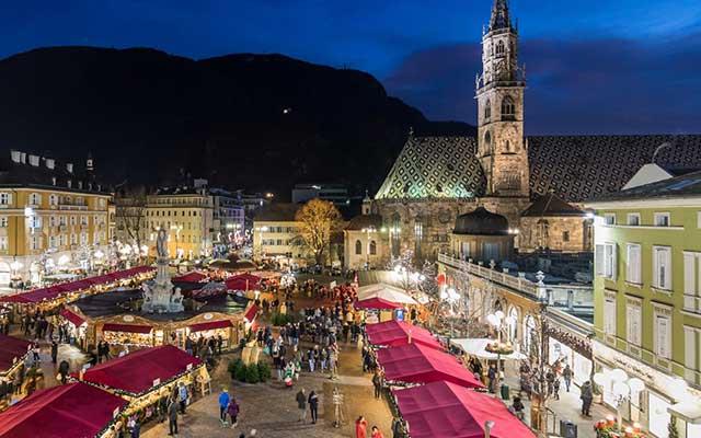 christmas-market-in-bolzano