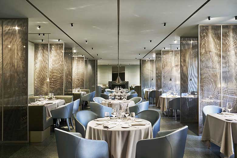 The restaurant at Emporio Armani Caffè and Restaurant, photo credits (c) Davide Lovatti