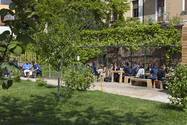 Eating in the green in Milan