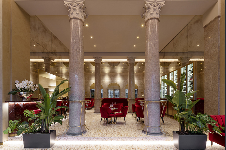 The cafeteria of Ristorante Teatro alla Scala - Il Foyer