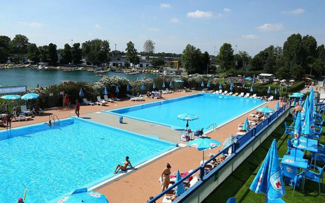 The swimming pools of the Idroscalo park