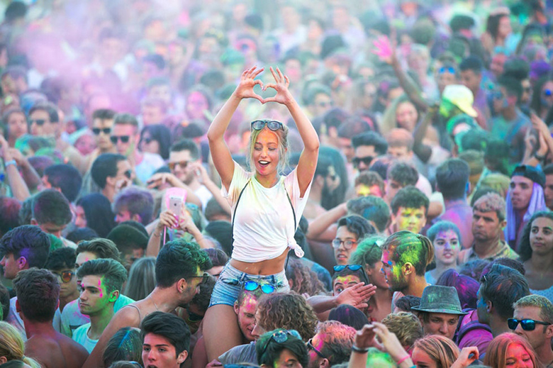 The Holi festival at Carroponte