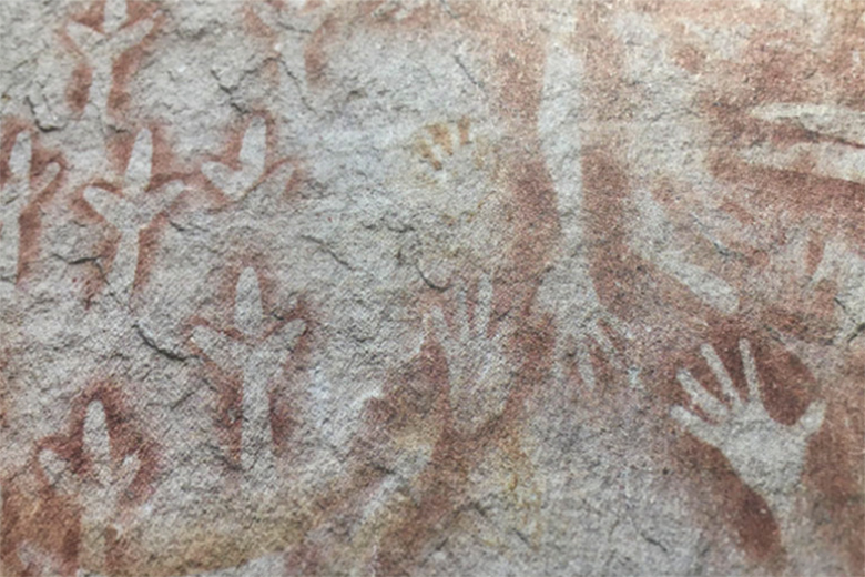 Stencil art by unknown Garingbal/Bidjara artists, Carnarvon Gorge National Park, research photograph, Queensland, Australia, 2016, courtesy Dale Harding and Milani Gallery, Brisbane.