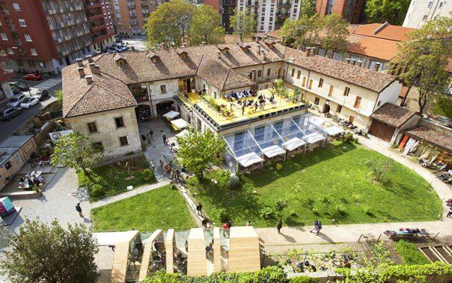 Un Posto a Milano, seen from above