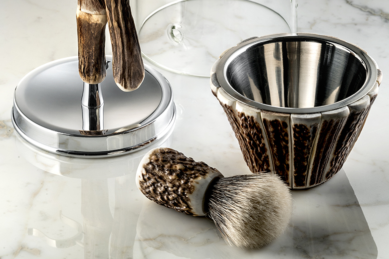 A precious horn shaving kit by Lorenzi Milano