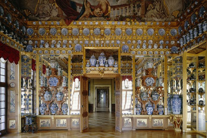 Fondazione Prada -The Porcelain Room. Porcelain Cabinet at Charlottenburg Palace, Berlin Prussian Palaces and Gardens Foundation, Berlin Brandenburg. Photo credits (c) Jörg P. Anders