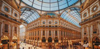 24 hours in Milan - galleria Vittorio Emanuele II (c) Paolobon140