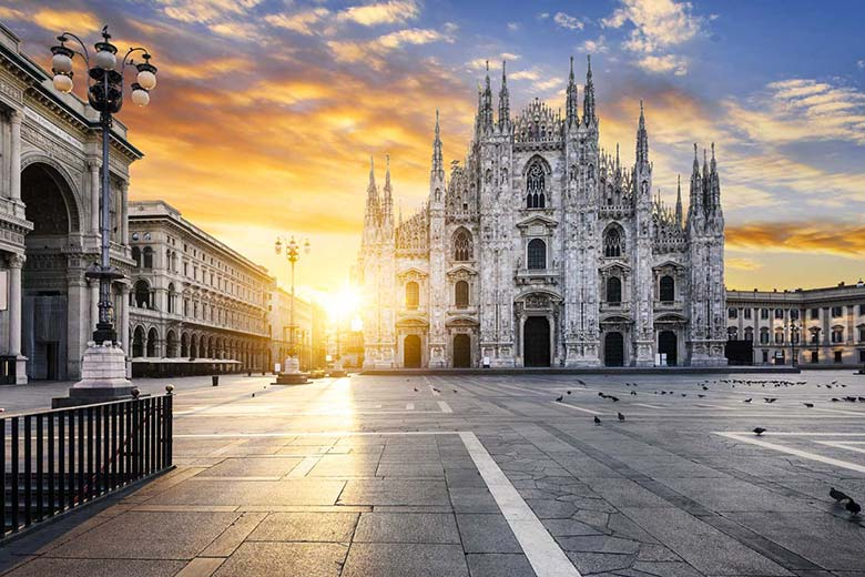 A new day at the Duomo di Milano