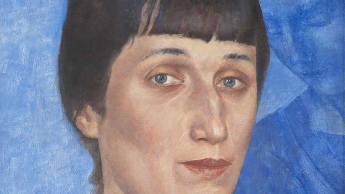 A detail of the portrait to Anna Akhmatova, by Kuzma Petrov Vodkin ©State Russian Museum, St. Petersburg
