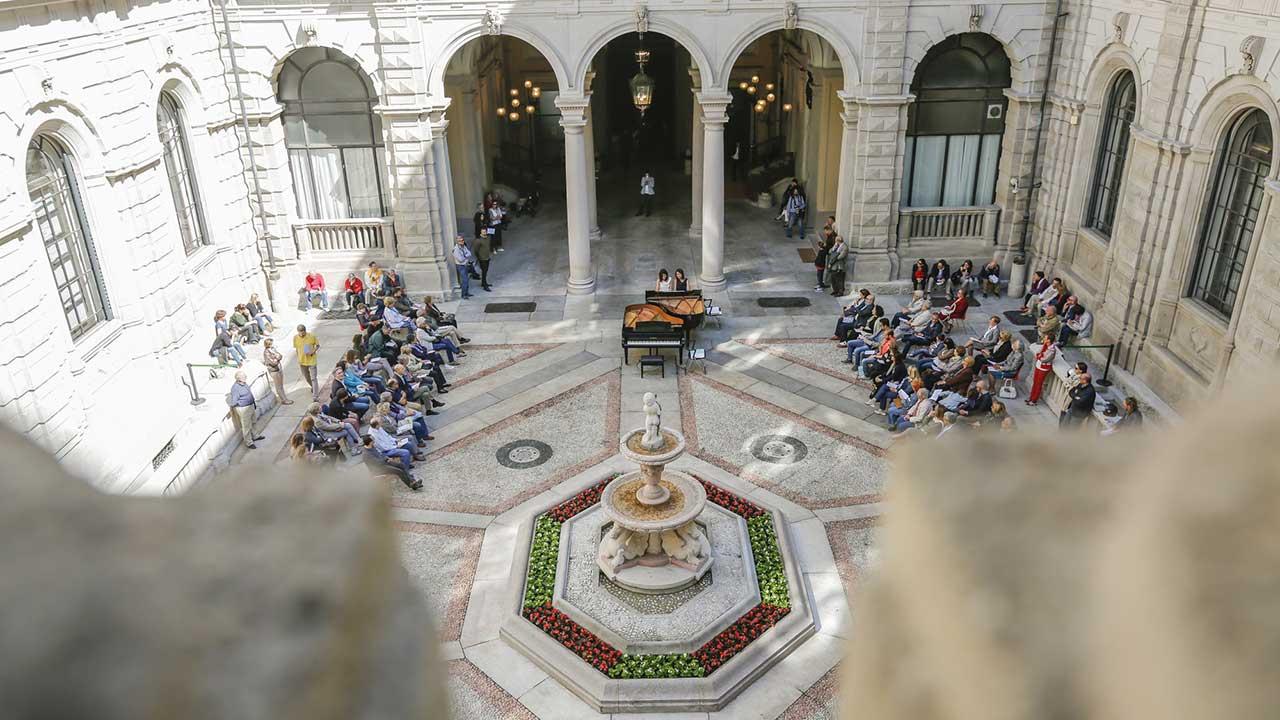 Duo Feola performing at Piano City Milano 2015 (c) Marco Pieri