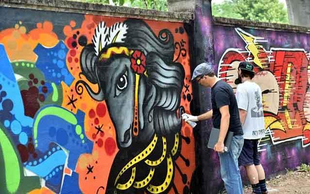 Graffiti artists at San Siro Ippodrome
