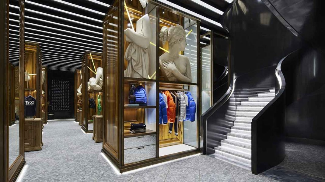Inside the Moncler store in Galleria Vittorio Emanuele II (c) Moncler