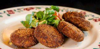 Typical mondeghili meatballs by Al Garghet