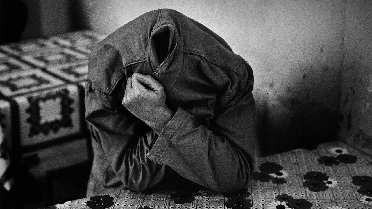 RAYMOND DEPARDON. Collegno, Turin, 1980 © Raymond Depardon/Magnum Photos